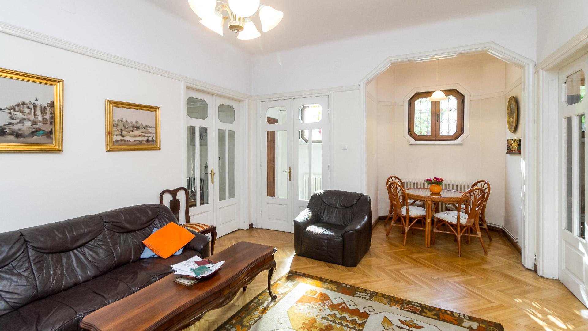 living-apartament-4-camere-parter-vila-metrou-Tineretului