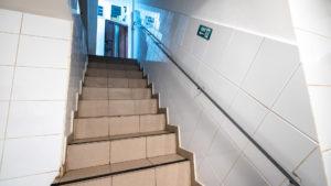 casa-scarii-acces-bucatarie-hotel