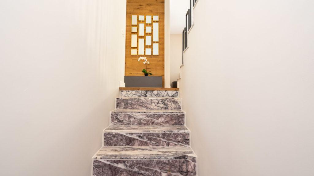 Northville-Baneasa-vila-showroom-scari-interioare