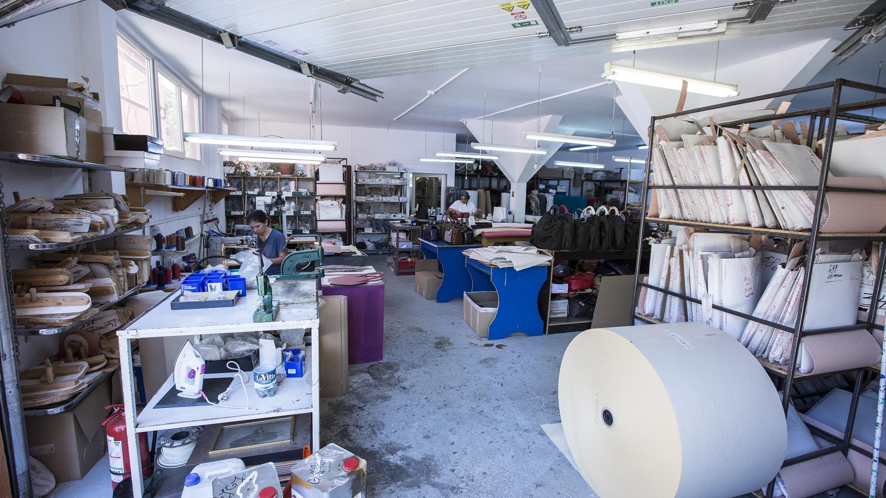 atelier-productie-pantofi-marochinarie-Popesti-Leordeni
