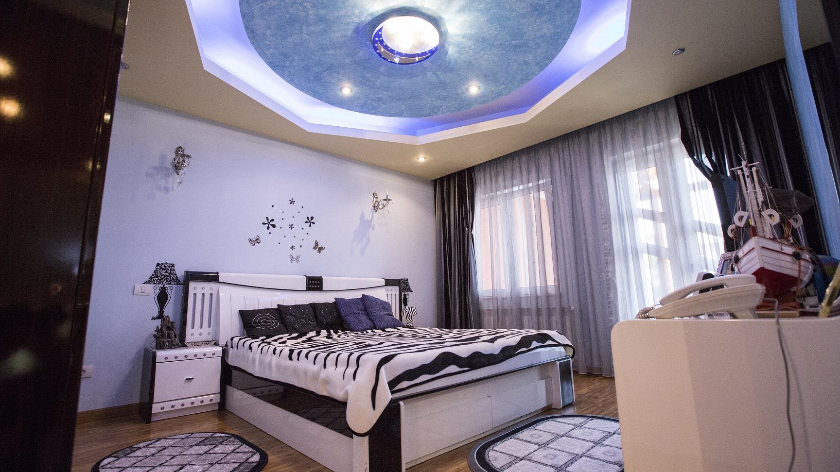dormitor-vila-etaj-mansarda-Popesti-Leordeni