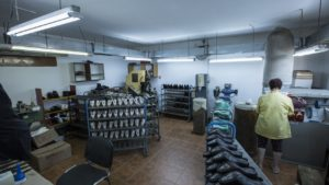 atelier-productie-pantofi-piele-Popesti_Leordeni