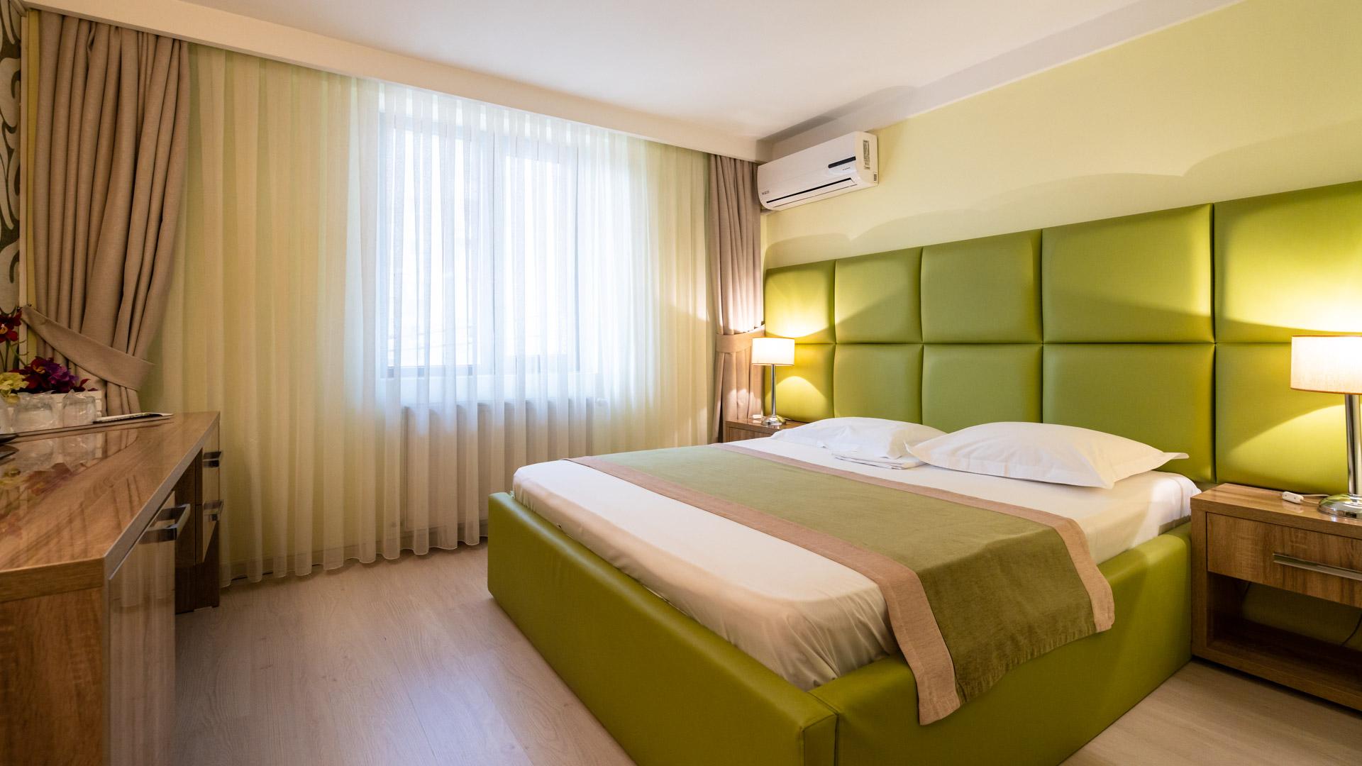 camera-dubla-pat-matrimonial-hotel-Bucuresti