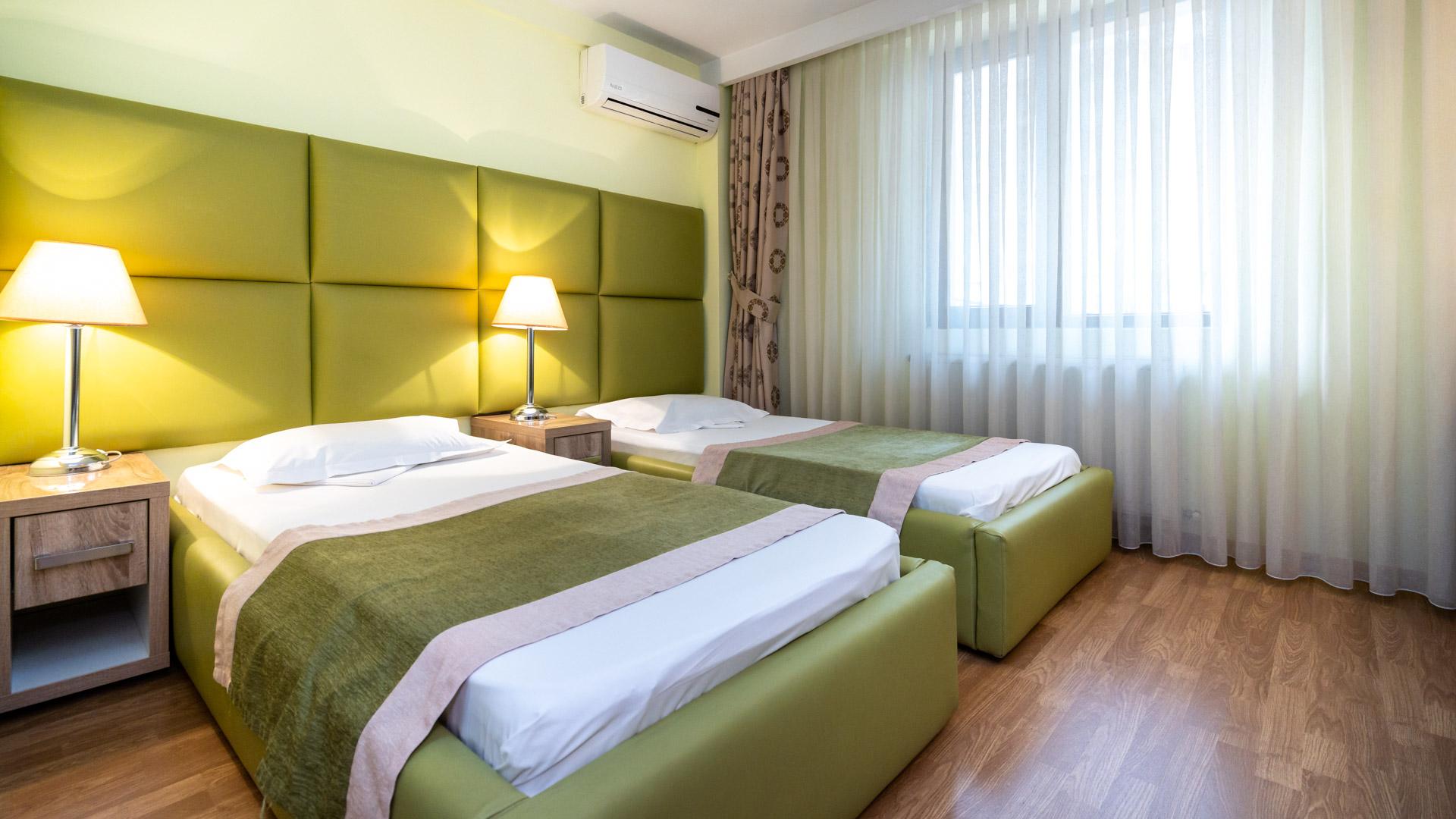 camera-dubla-twin-hotel